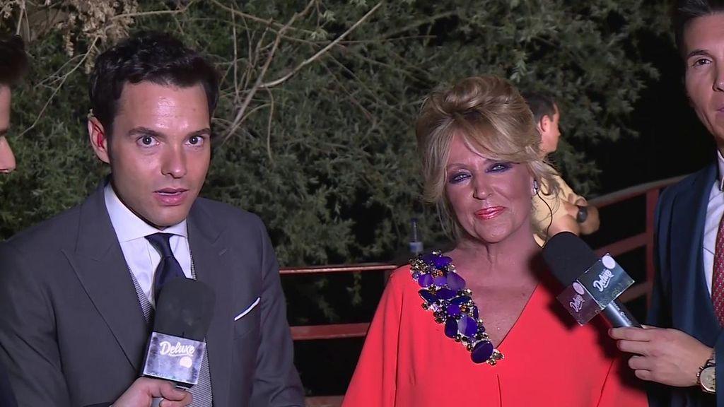 """La accidentada y divertida intervención de Lydia Lozano en el 'Deluxe' desde la boda de Belén: """"Estás piripi"""""""