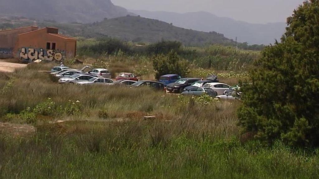Cuatro de los cinco detenidos por supuestos abusos sexuales a una mujer en Cullera tienen antecedentes policiales
