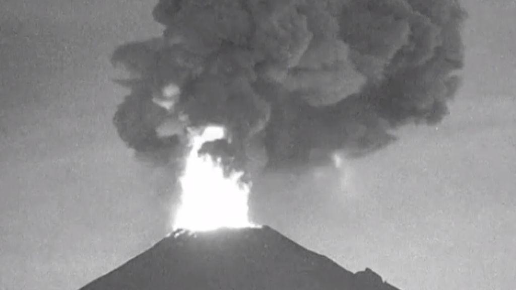 El volcán Popocatépelt mantiene en alerta a México tras varias explosiones