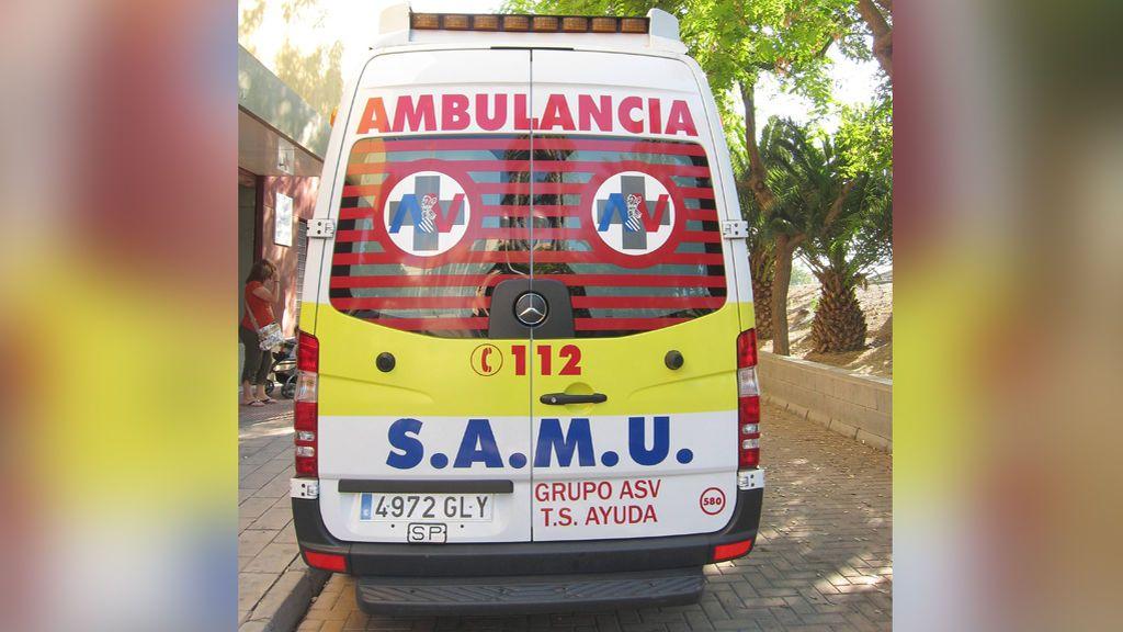 Un niño de tres años, hospitalizado tras sufrir un ahogamiento en una piscina en La Pobla de Farnals, Valencia
