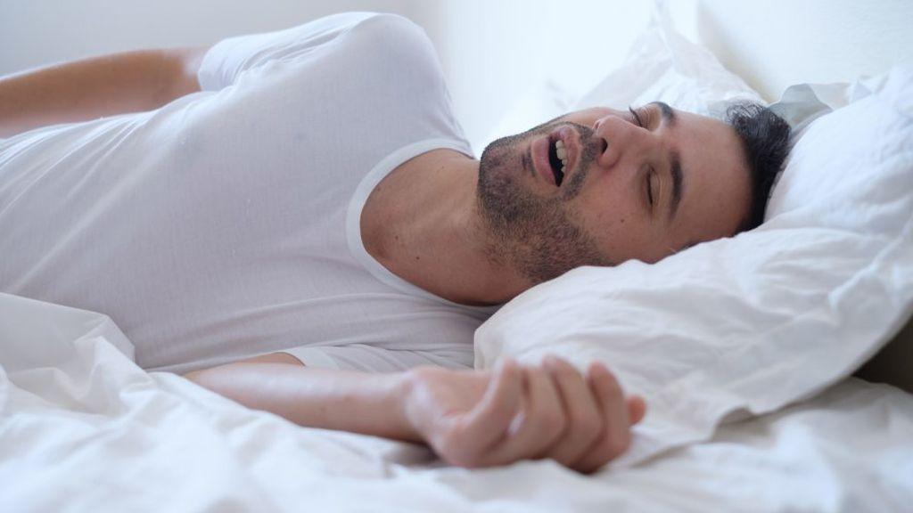 Los hombres que se acuestan temprano tienen mejores espermatozoides, según un estudio