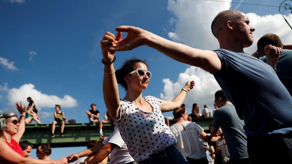 Bailar, bailar y bailar, la otra forma de mantenerse en forma
