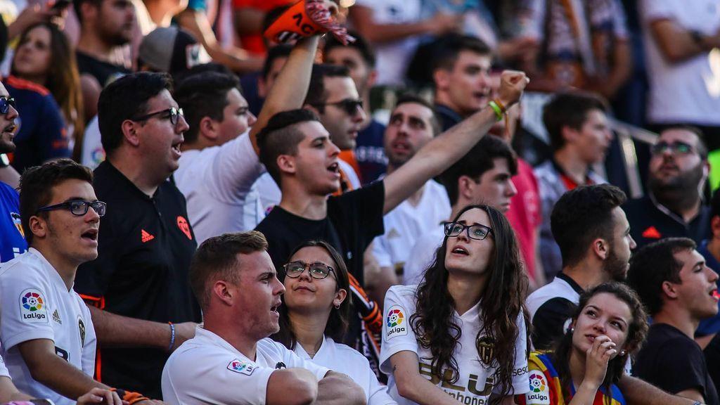 Casi 15 millones de espectadores pasaron por los estadios de Primera y Segunda División esta temporada, batiendo récord de asistencia