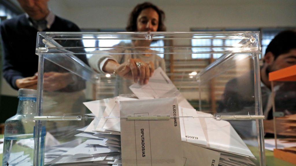 Las repetición electoral beneficiaría a PSOE y PP pero no está exenta de riesgos para Sánchez