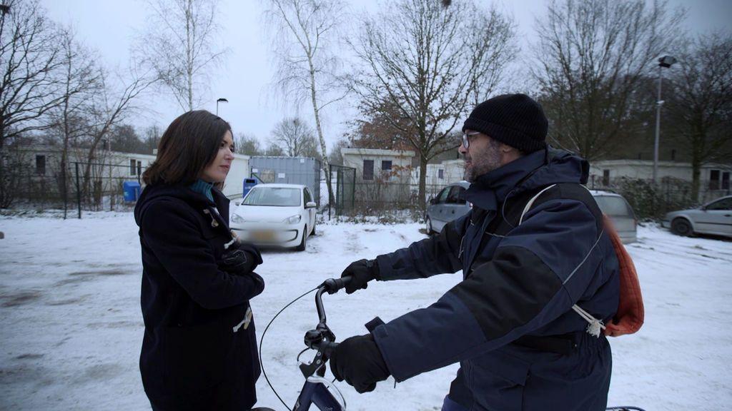 'Fuera de cobertura' (T03XP03): 'Españoles en Holanda: Esclavos de la globalización', completo en HD