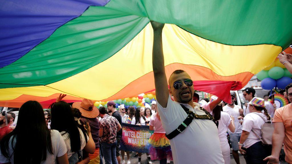 Vox pone a prueba a PP y C´s con propuestas anti LGTBI