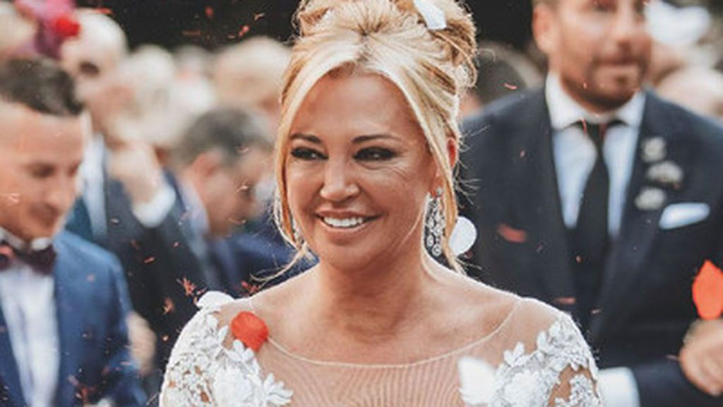 Aciertos y errores del vestido de novia de Belén Esteban