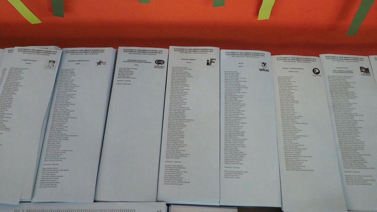 El Ayuntamiento de San Sadurniño reconvierte las papeletas electorales en 300 blocs