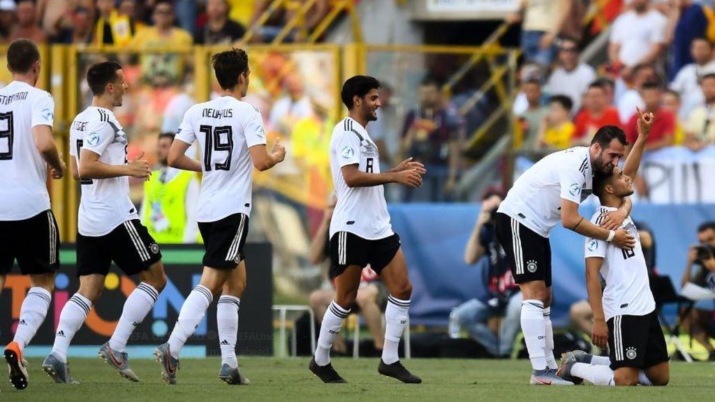 Alemania se clasifica para la final del Europeo Sub-21 tras ganar a Rumanía con dos goles en los últimos minutos (4-2)