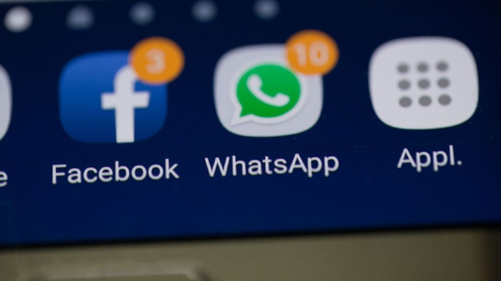 WhatsApp prueba compartir sus 'stories' en Facebook e Instagram