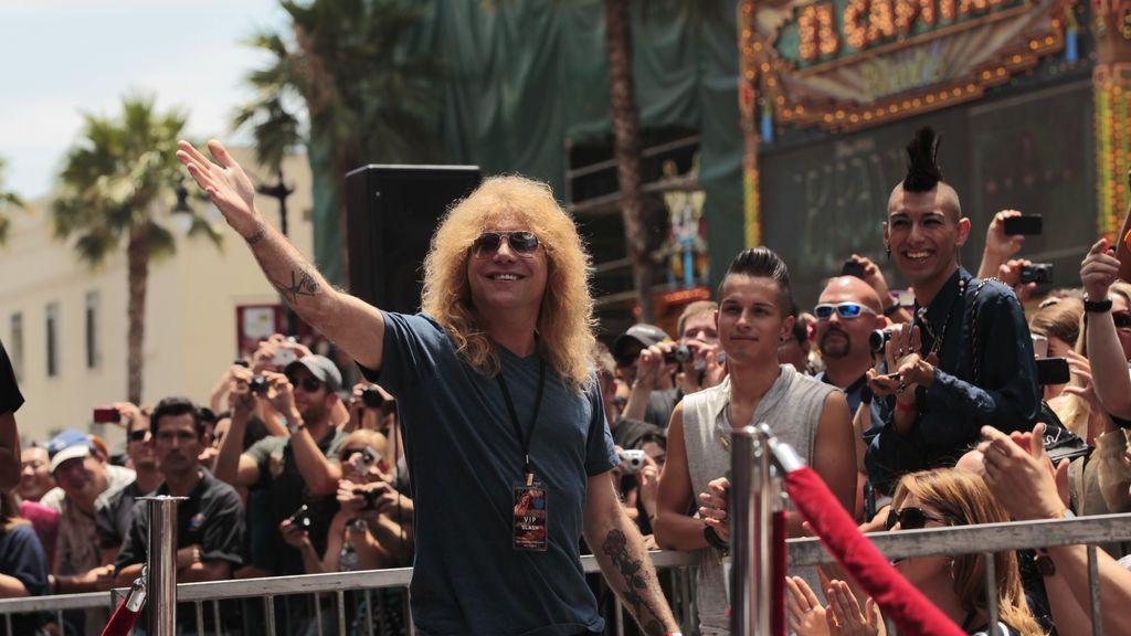 Steven Adler, exbateria de Guns N' Roses, hospitalizado tras clavarse un cuchillo en el estómago