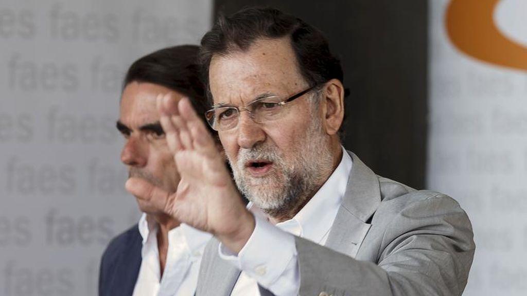 Rajoy y Aznar en el campus FAES en 2015