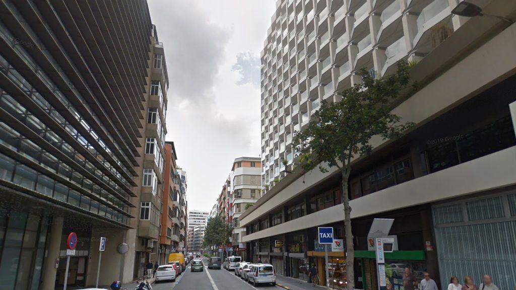 Detenido por lanzar flechas a una conocida y amenazar con martarla en Las Palmas de Gran Canaria