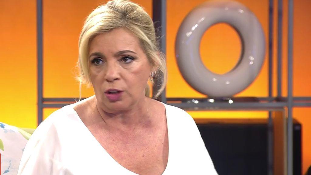 Carmen Borrego aclara la polémica sobre su vestido en la boda de Belén
