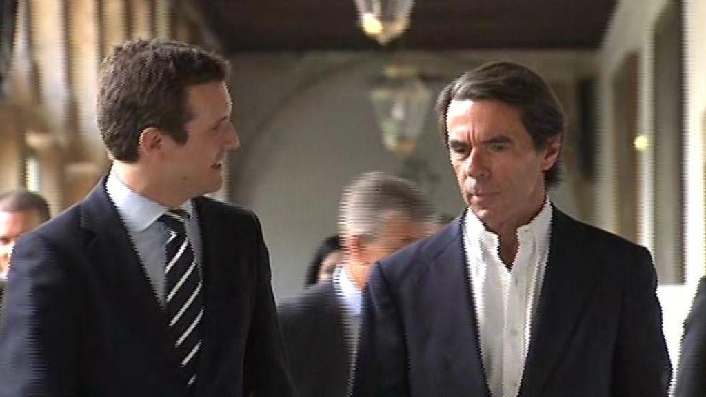 Casado y Aznar dicen que el PP no se abstendrá en la investidura de Sánchez