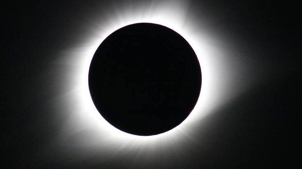 Llega el único eclipse solar de 2019: dónde y cómo verlo
