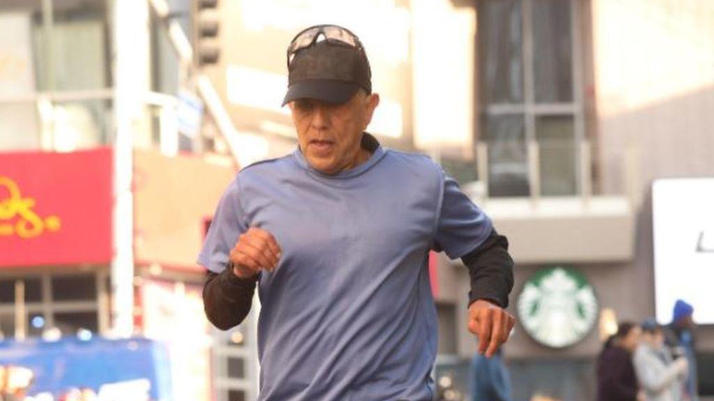 Descalifican a un veterano corredor acusado de cometer trampas en el Maratón de Los Ángeles
