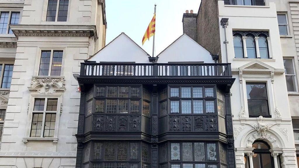 Exteriores pide al TSJC que paralice la actividad de las 'embajadas' catalanas en Berlín, Londres y Ginebra