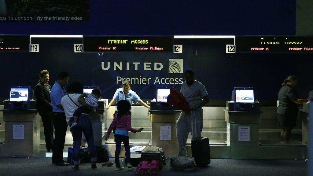 """""""Hay un menor no acompañado en un avión al país equivocado"""": el mensaje que evitó un grave error"""