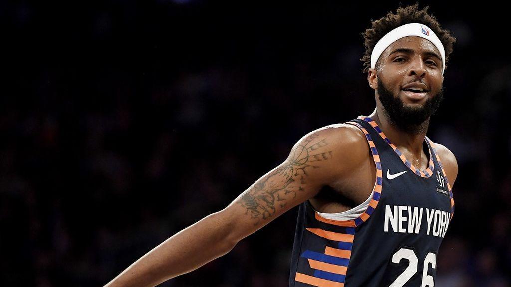 Mitchell Robinson, jugador de los Knicks de la NBA, cambiará de dorsal en homenaje a sus dos amigos fallecidos