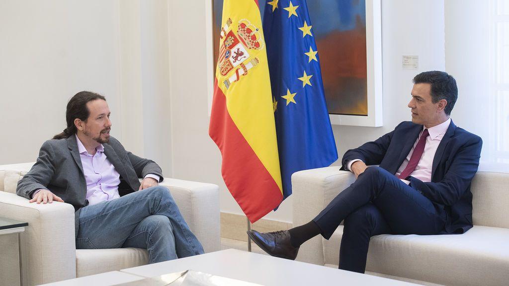 Pablo Iglesias y Pedro Sánchez, reunidos en el palacio de La Moncloa.