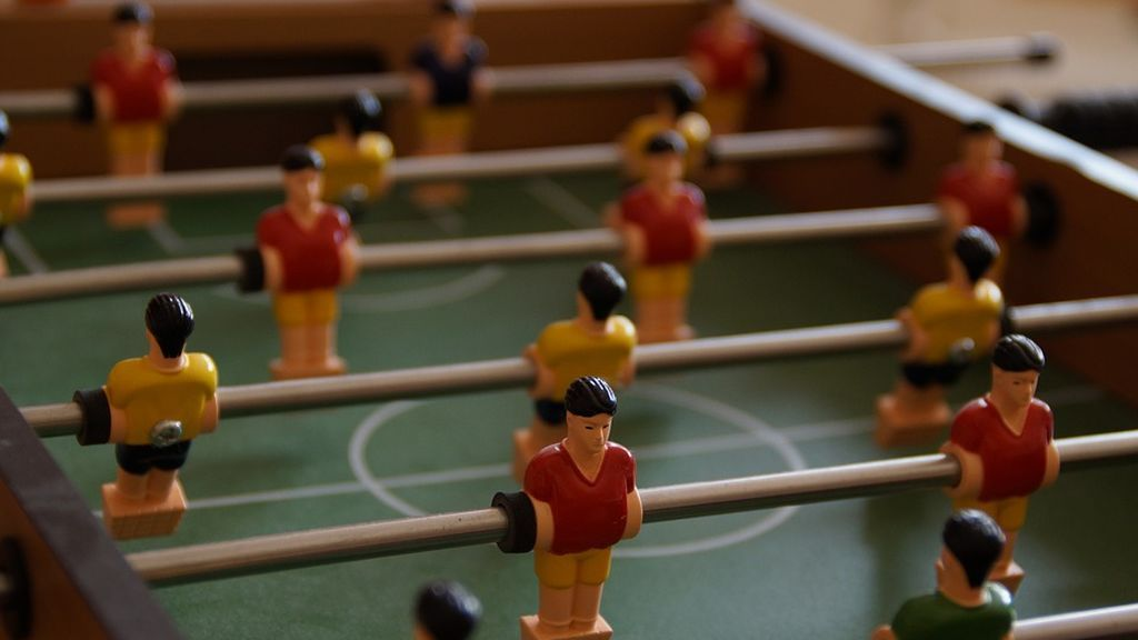 foosball-table-189846_960_720