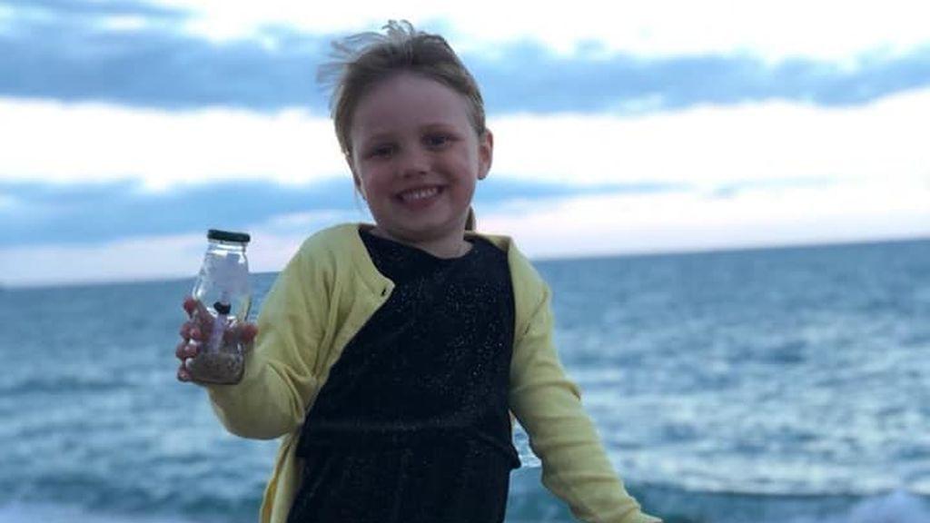 Una botella con un mensaje lanzado por una niña en España llega hasta Moscú