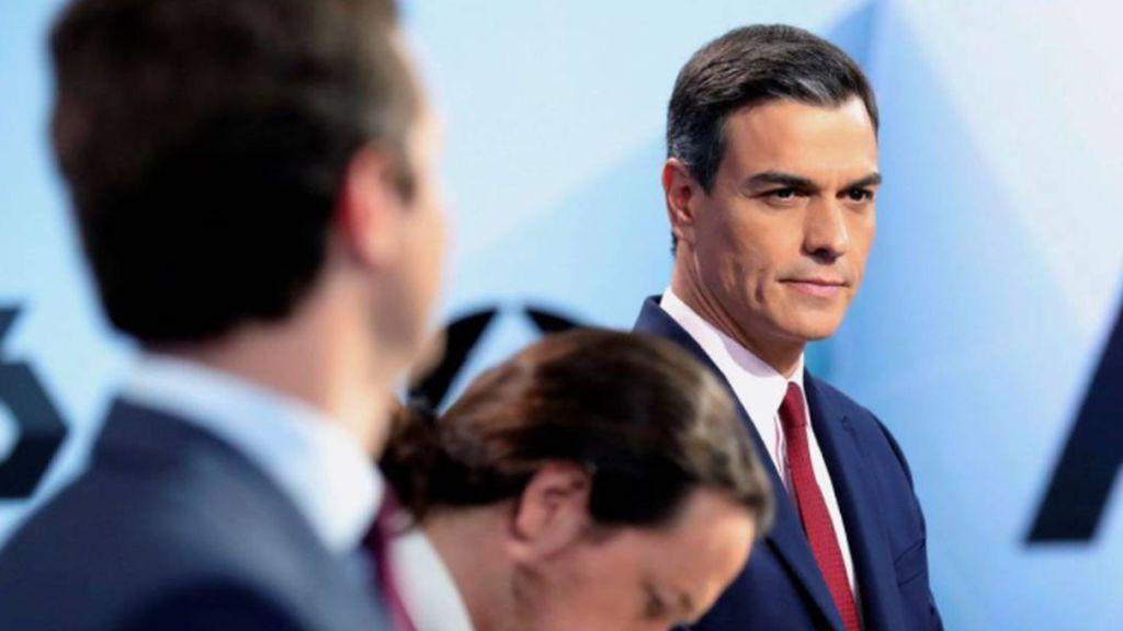 Los políticos preocupan más que nunca a los españoles que los ven como su segundo peor problema