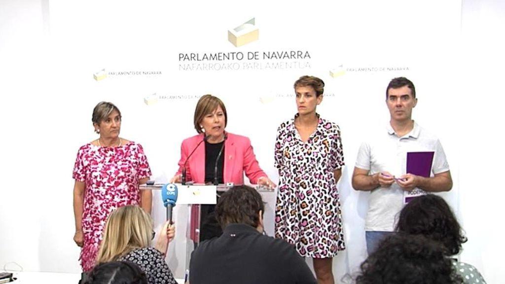 Los socialistas firman con nacionalistas y Podemos un gobierno para Navarra