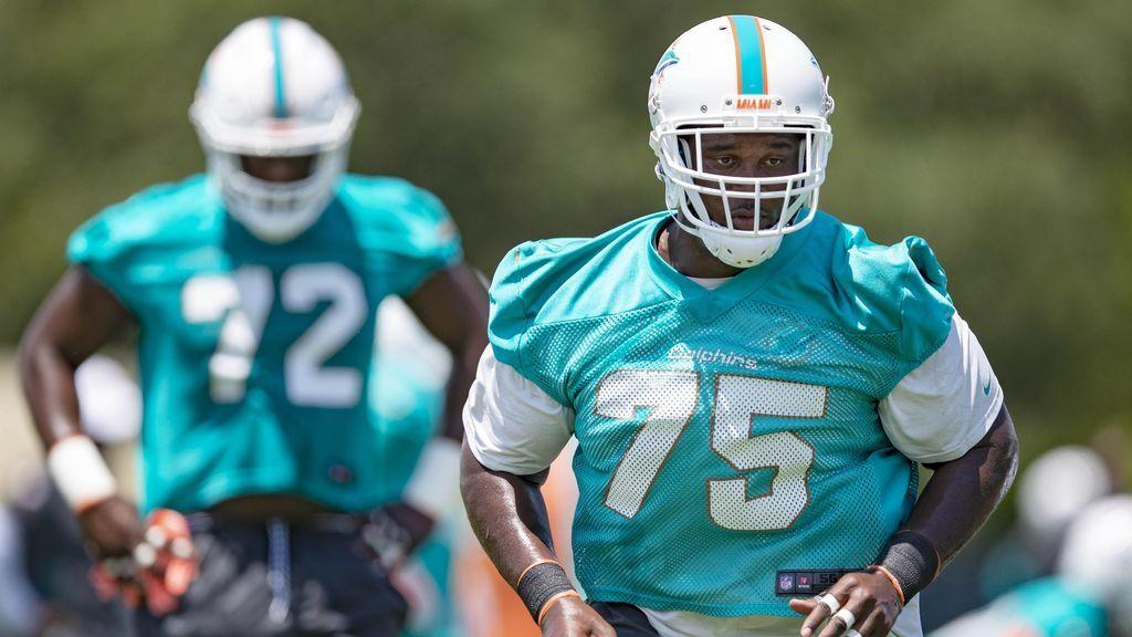 Le tienen que amputar un brazo a Kendrick Norton, jugador de la NFL, tras un grave accidente de coche