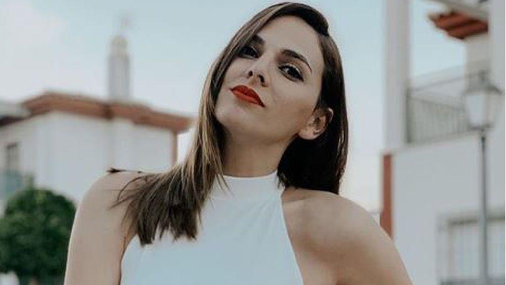 """Irene Rosales 'GH' abre un debate con su última foto en bikini: """"Eterno verano"""""""