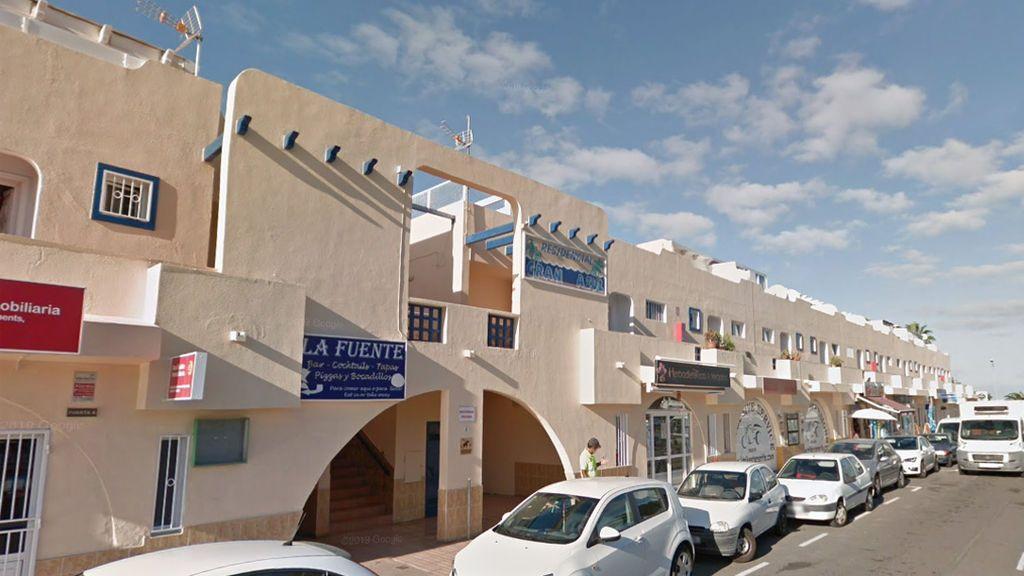 Grave un hombre al caer desde un balcón en Adeje (Tenerife)