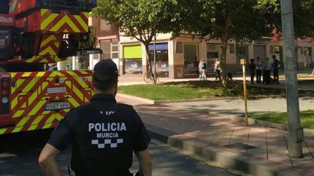 Rescatadas dos niñas de 8 y 15 años retenidas por su madre, con problemas mentales, en Murcia