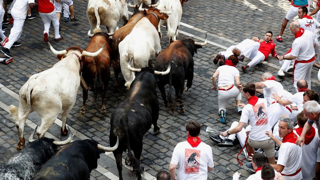 Tensión en el encierro de los toros de Cebada Gago