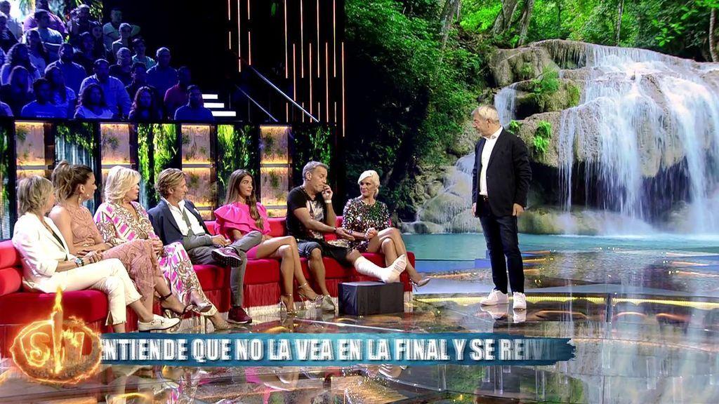 """Carlos Lozano desmiente que haya sufrido un accidente de moto: """"He pisado mal y tengo un esguince doble"""""""