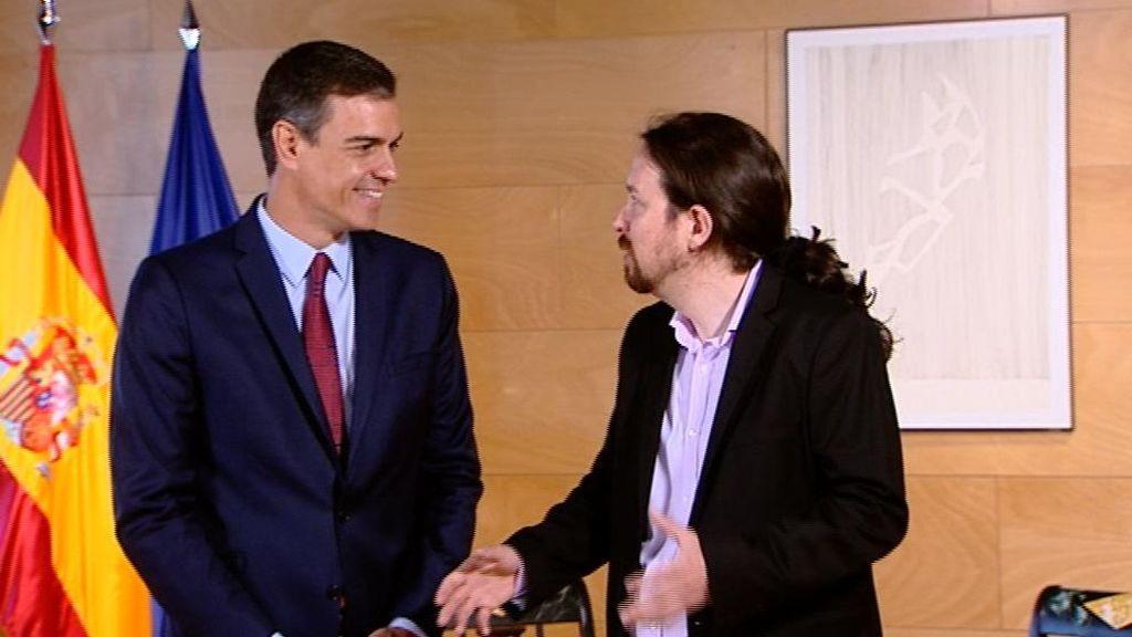 Sánchez e Iglesias en su reunión en el Congreso