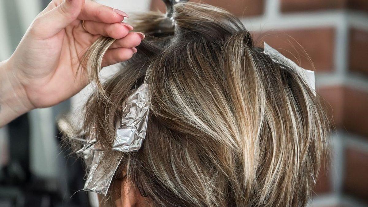 Tengo 54 años y soy 'canafóbica': mi lucha contra el pelo blanco