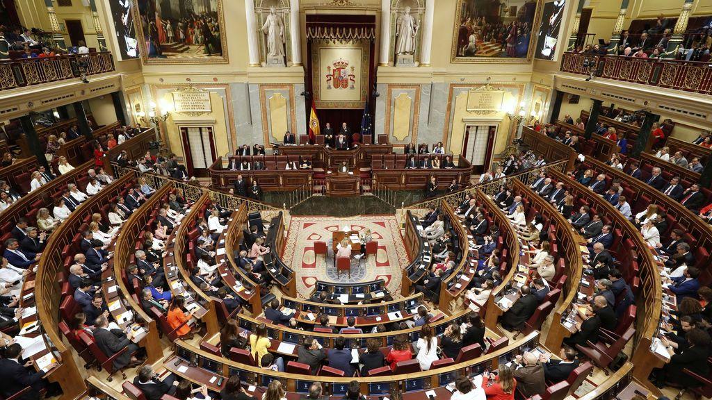 Dirigentes del PSOE piden por carta al PP que se abstenga en la investidura