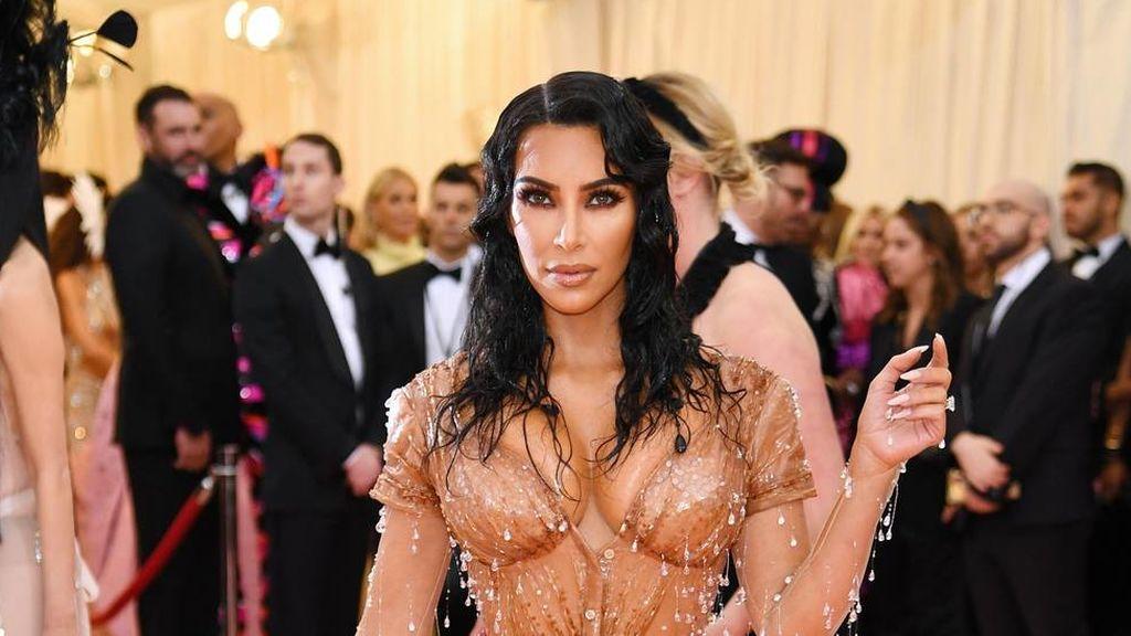 """Kim Kardashian confiesa: """"El mayor dolor que he sentido en mi vida ha sido con el vestido de la gala MET"""""""