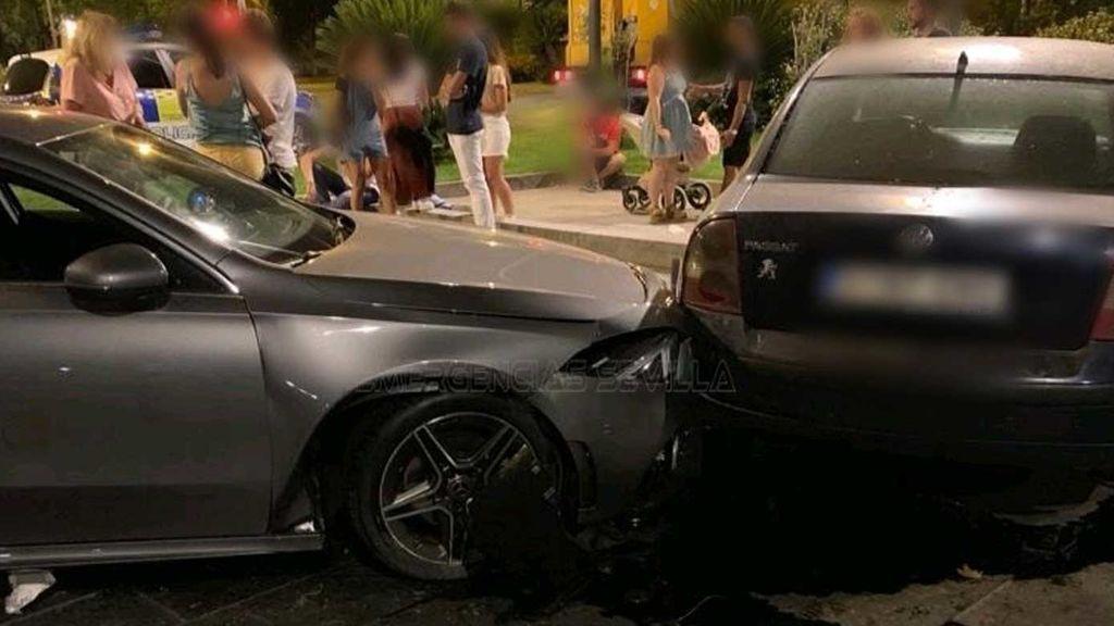 Con 16 años y borracho provoca un aparatoso accidente en Sevilla