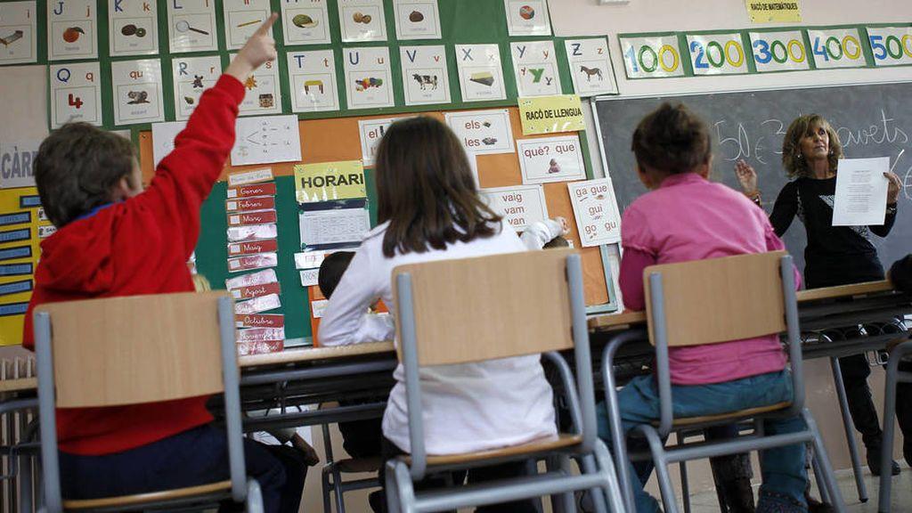 La Generalitat retira los conciertos a las escuelas de primaria que segreguen por sexos