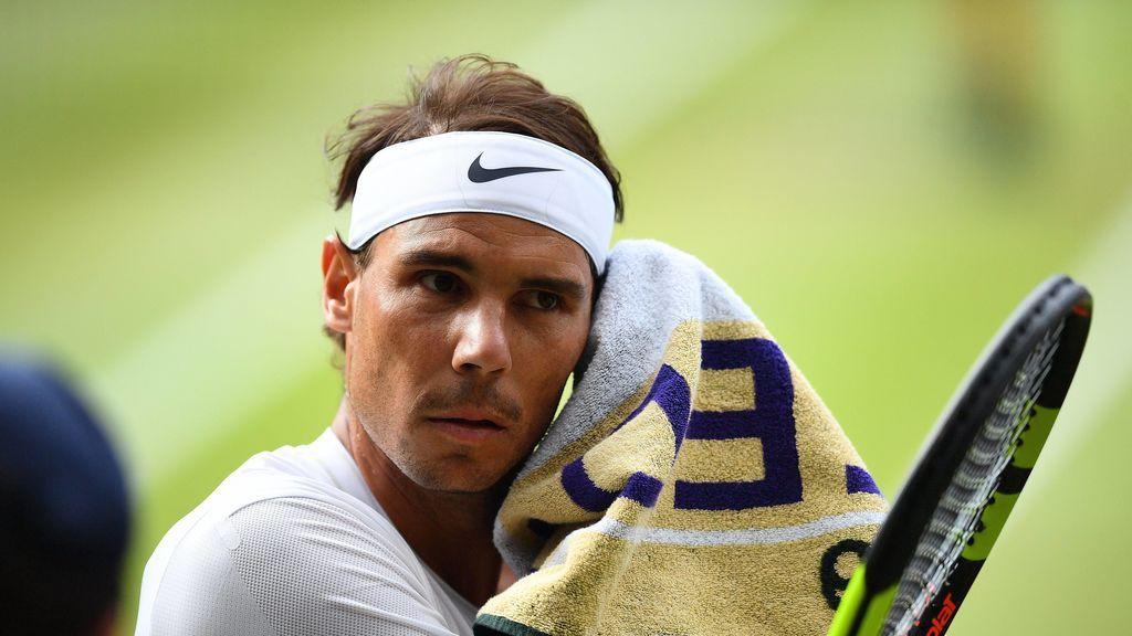 Rafa Nadal sucumbe ante un Roger Federer casi perfecto y se queda sin final de Wimbledon (7-6, 1-6, 6-3