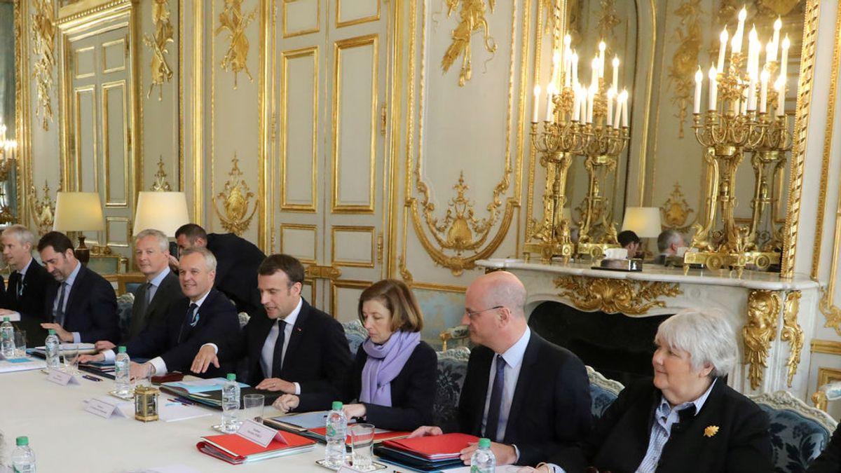 Escándalo en Francia: langosta, lujo y reformas inmobiliarias a cargo del Estado