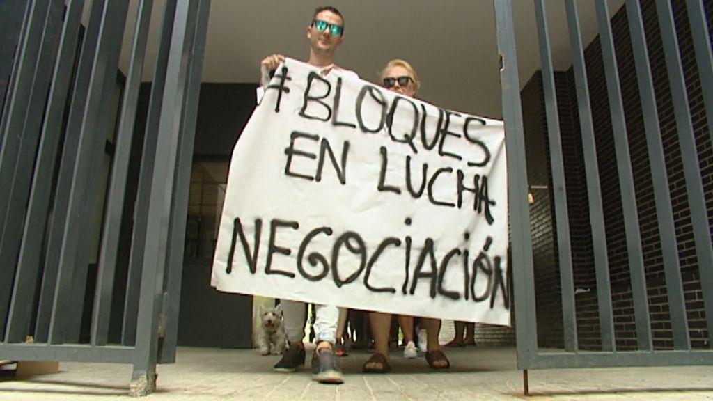 Centenares de vecinos se plantan en Madrid ante el fondo Fidere, por la subida del alquiler