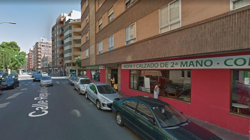 Un joven resulta herido al ser atropellado en Castellón y el conductor del vehículo es agredido