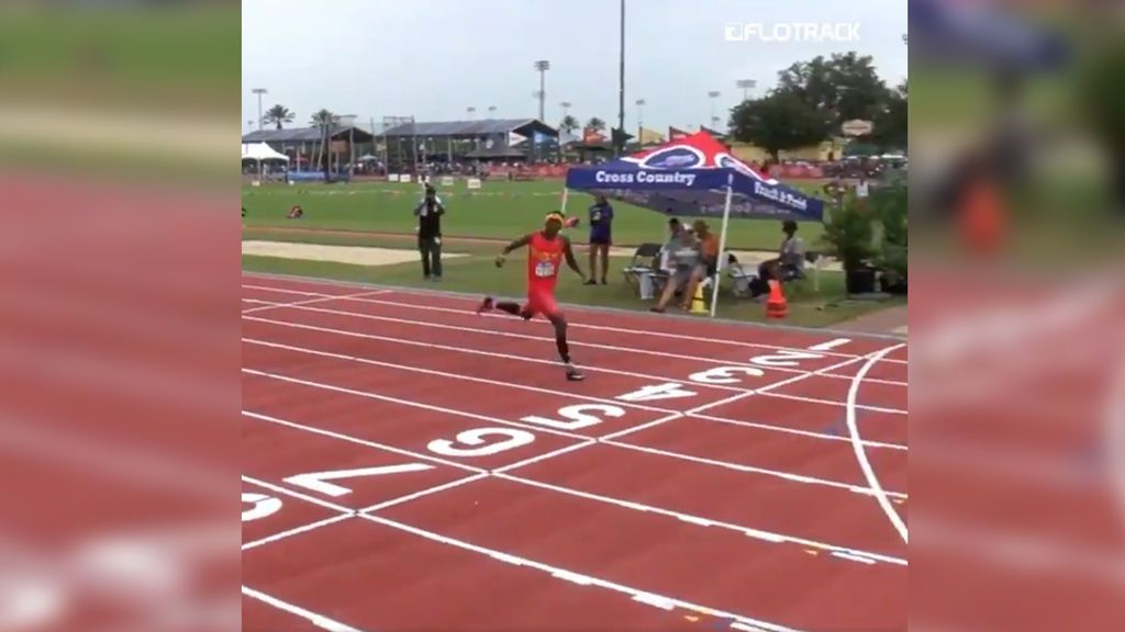 Un niño de 13 años asombra al mundo en una carrera al quedarse a cuatro segundos del récord del mundo de los 400 metros