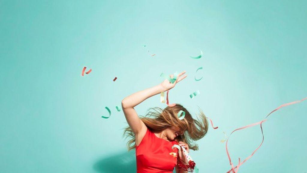 El cabello sin volumen se quiebra y apelmaza: dale una dosis de fuerza gracias al poder del pomelo blanco