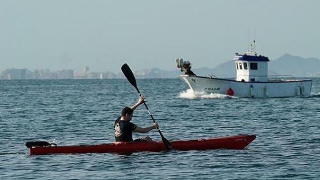 Practicando piragüismo en el Mar Menor