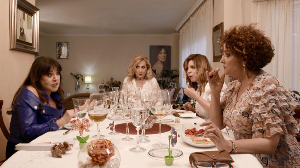 """Máxima tensión en la cena entre Loles León e Irma Soriano: """"¿Qué parte de 'cállate' no entiendes?"""""""