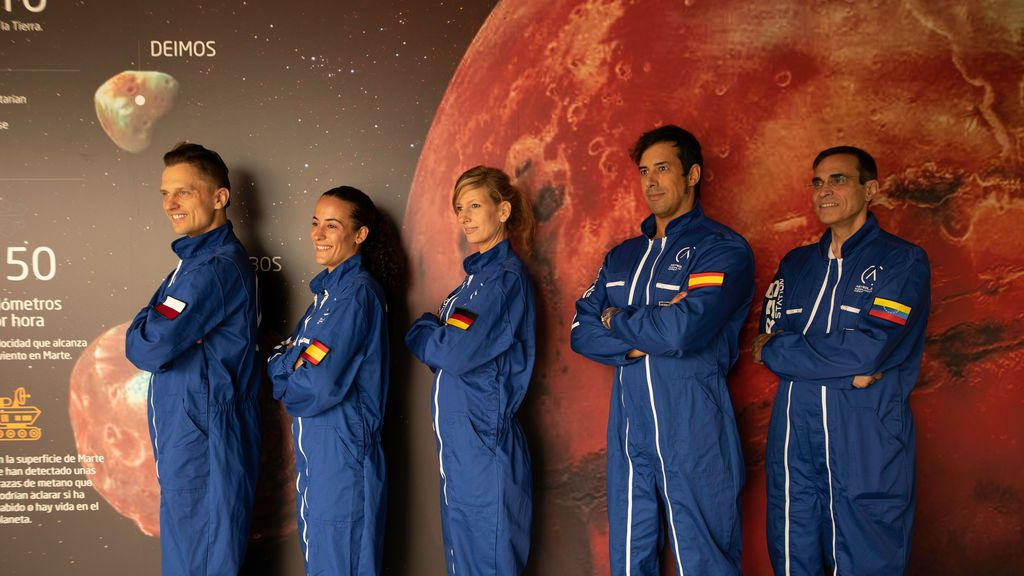 Miembros del proyecto de Astroland en Cantabria
